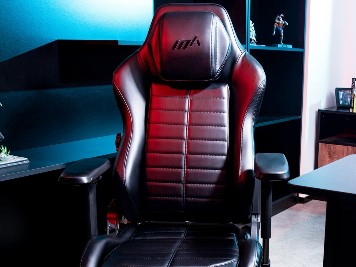 DXRacer MASTER comfortable gaming chair has a tilt control for several reclined positions
