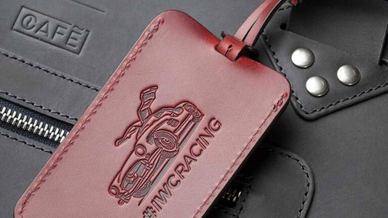 IWC Luggage Tag In Burgundy is handcrafted in spain using 100% vegetable-tanned leather