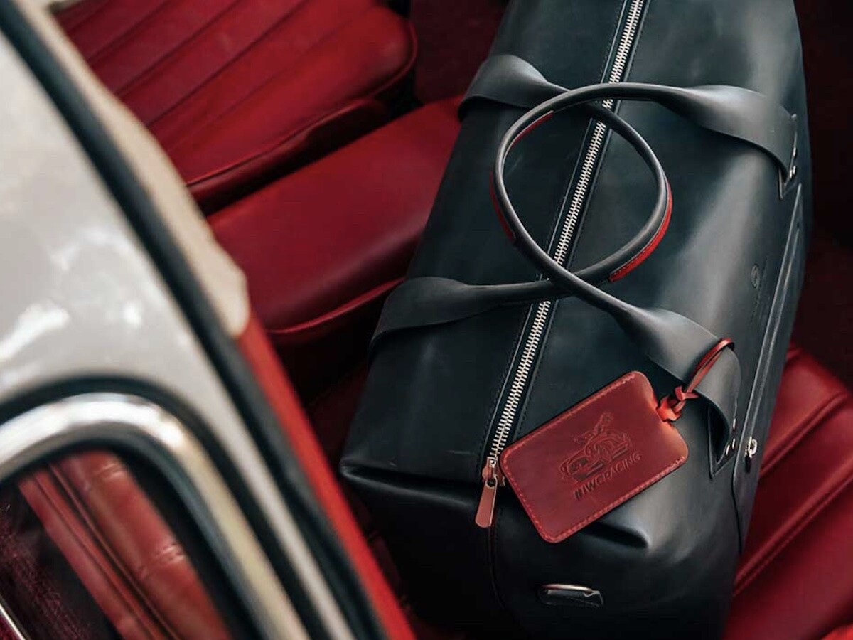 IWC Luggage Tag is handcrafted in Spain incorporating entirely vegetable-tanned leather