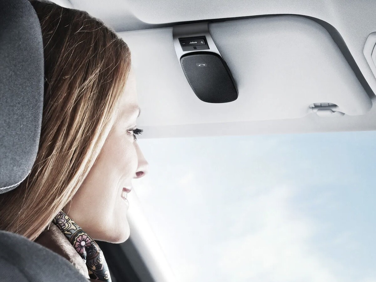Jabra Drive in-car speaker has noise cancellation tech to block road noise from calls