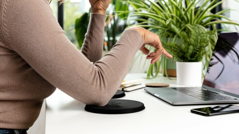 Jelbows ergonomic desk gel pads are designed to enhance comfort in your workspace