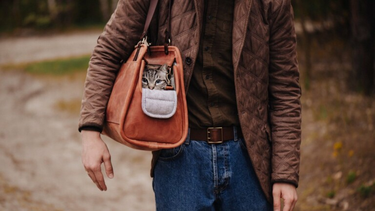 Kruk Garage Leather Pet Carrier has a cushioned flap on the bag's exterior for easy access