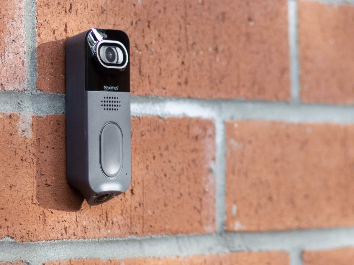 Kuna Maximus Answer smart dualcam video doorbell offers a 180° field of view