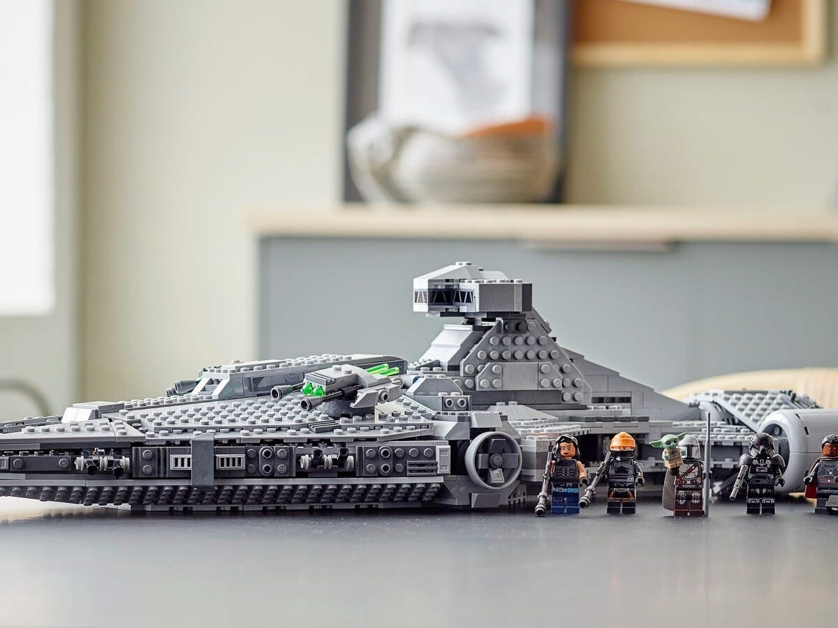 LEGO Star Wars Imperial Light Cruiser building set is great for The Mandalorian fans