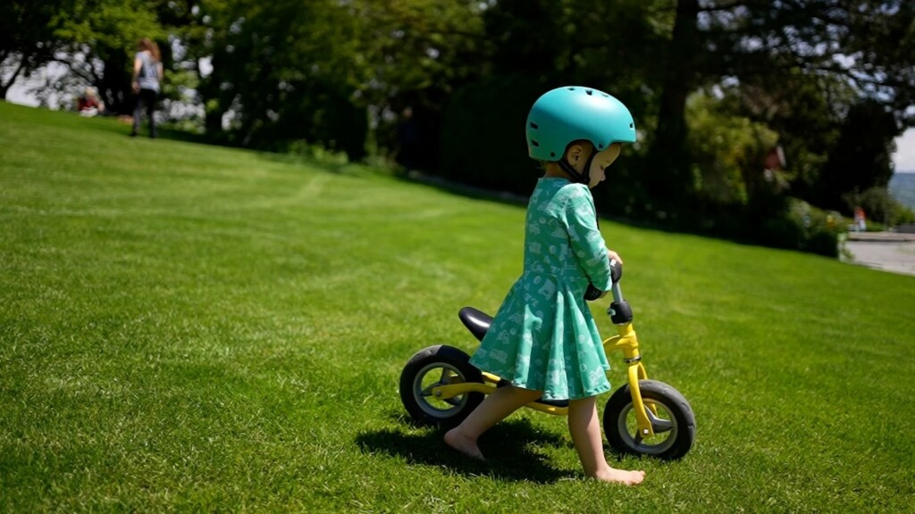 Best sustainable and ethically made gadgets of 2021 Mint Girls organic clothing collection