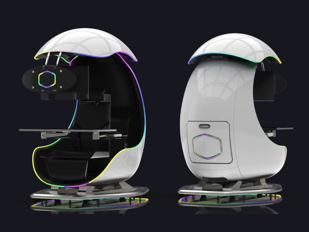 Losing your focus while gaming? Try this gaming work desk with a motorized shuttle dome thumbnail