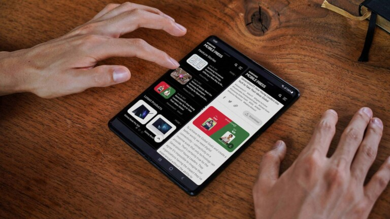 Samsung Galaxy Z Fold3 5G smartphone has a 7.6″ Infinity Flex Display for multitasking