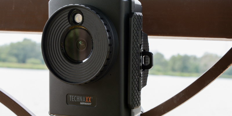 This time-lapse camera captures work being done on your house and even monitors security