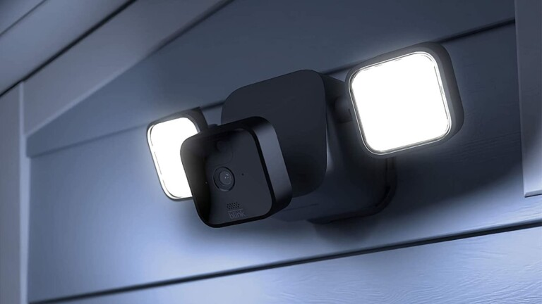 Blink Floodlight Cam gives you a totally wireless outdoor HD smart security setup