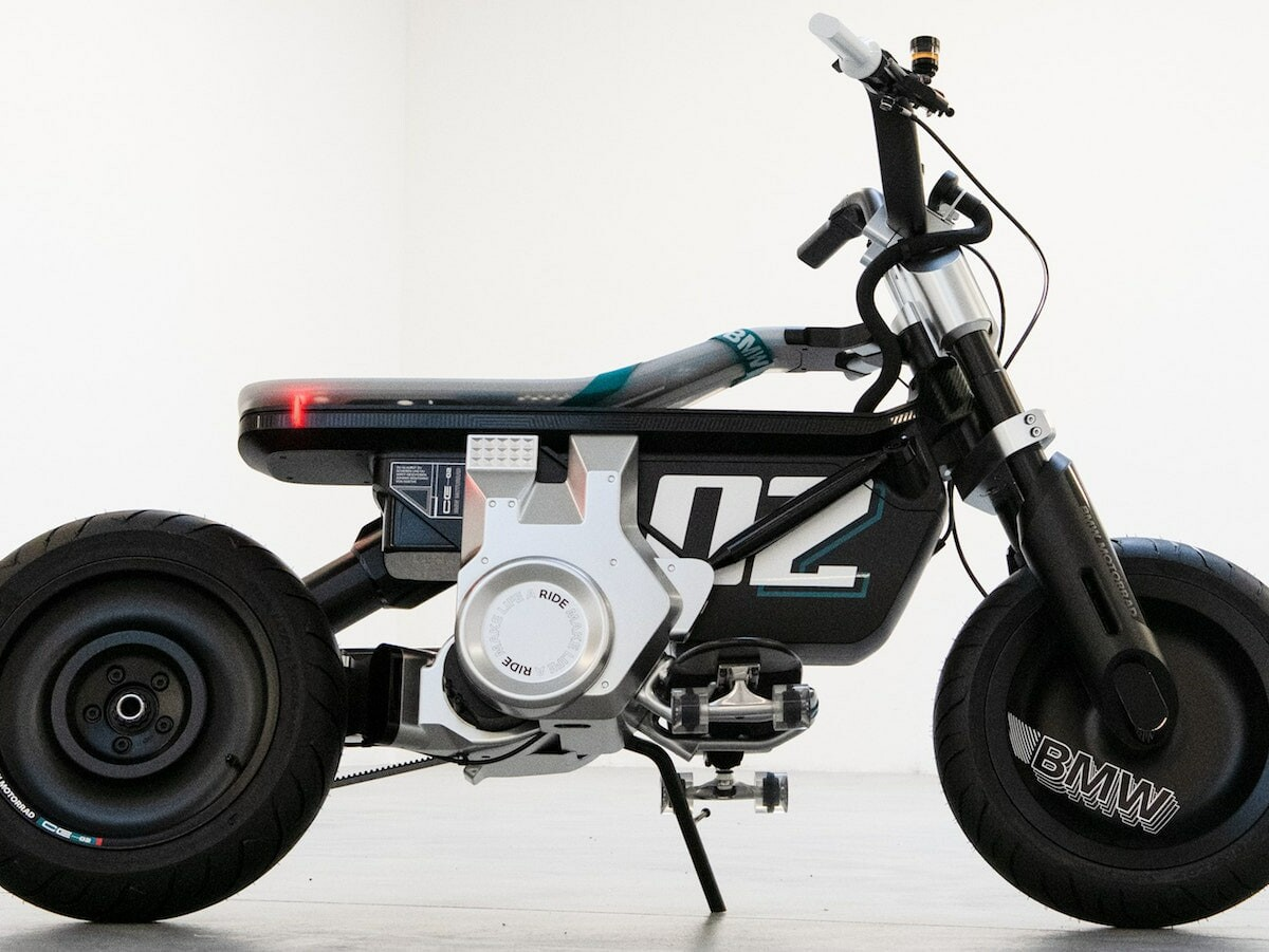 BMW Motorrad Concept CE 02 eBike reaches a top speed of 90 km/h with a 90 km range