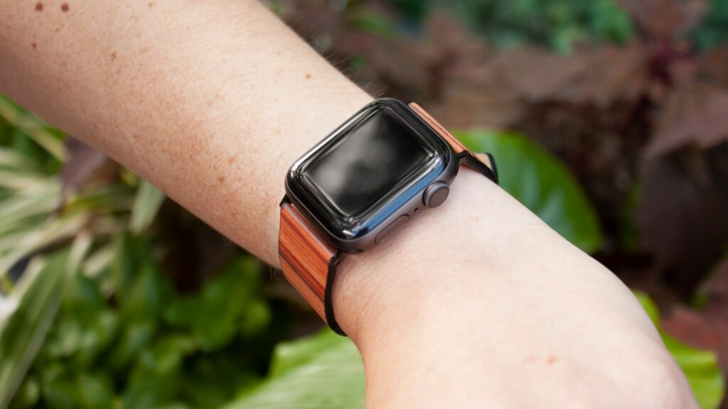 Must-buy bands and straps for your new Apple Watch Series 7