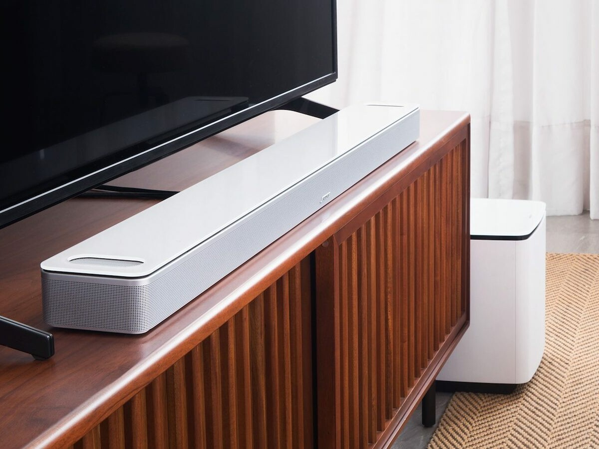 Bose Smart Soundbar 900 with Dolby Atmos boasts Bose spatial technologies and Voice4Video thumbnail