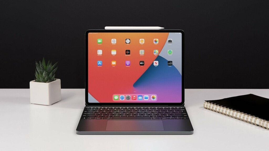 Brydge 12 point 9 MAX plus iPad Pro keyboard and trackpad