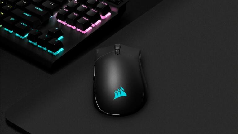 CORSAIR SABRE RGB PRO CHAMPION SERIES gaming mouse has a drag-reducing cord