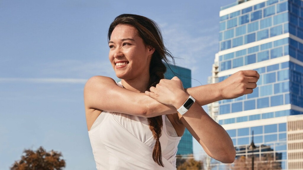 Fitbit Charge 5 advanced health tracker