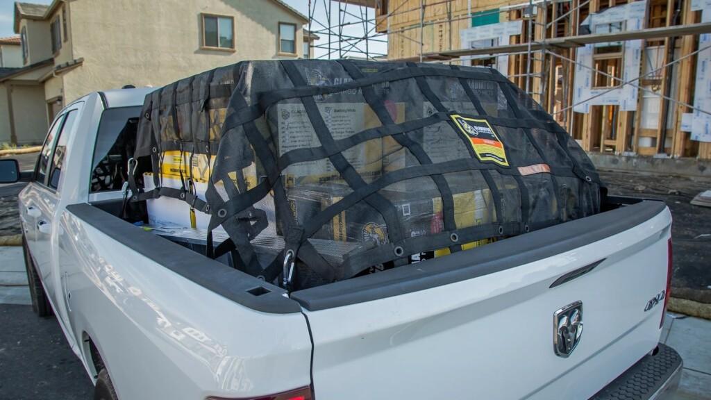 Esta red de carga duradera utiliza una red antidesgarro integrada para garantizar la seguridad de su carga