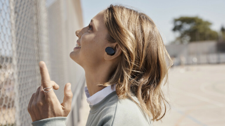 JBL Tune 130NC true wireless earbuds have 10 mm drivers for pure bass sound
