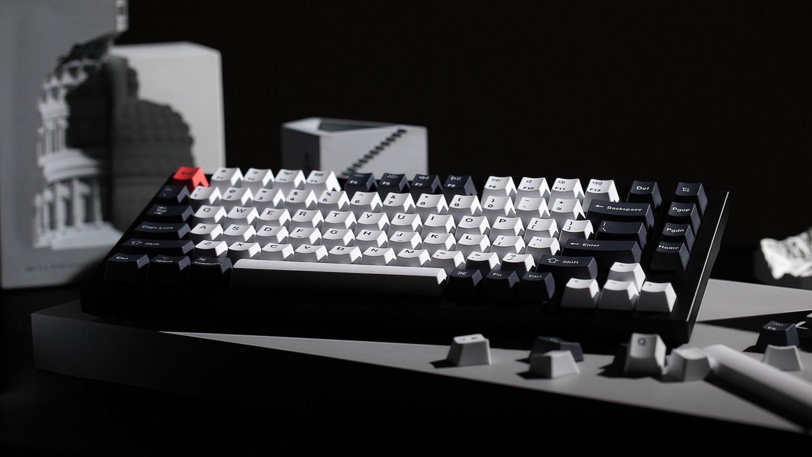 A Mechanical keyboard with a smart design - Meet Keychron Q1
