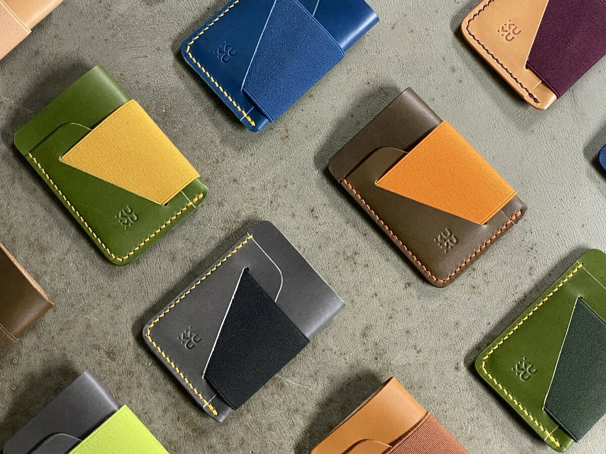 Kumu Zero colorful leather wallet collection has a symmetrical design & holds 7 cards