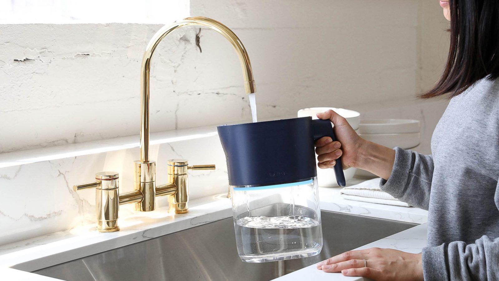 LARQ-Pitcher-PureVis-water-filter-jug-01.jpeg