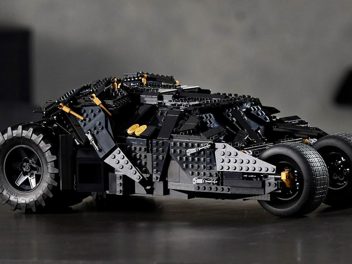 LEGO DC Batman Batmobile Tumbler brick model kit has an opening roof to access the driver