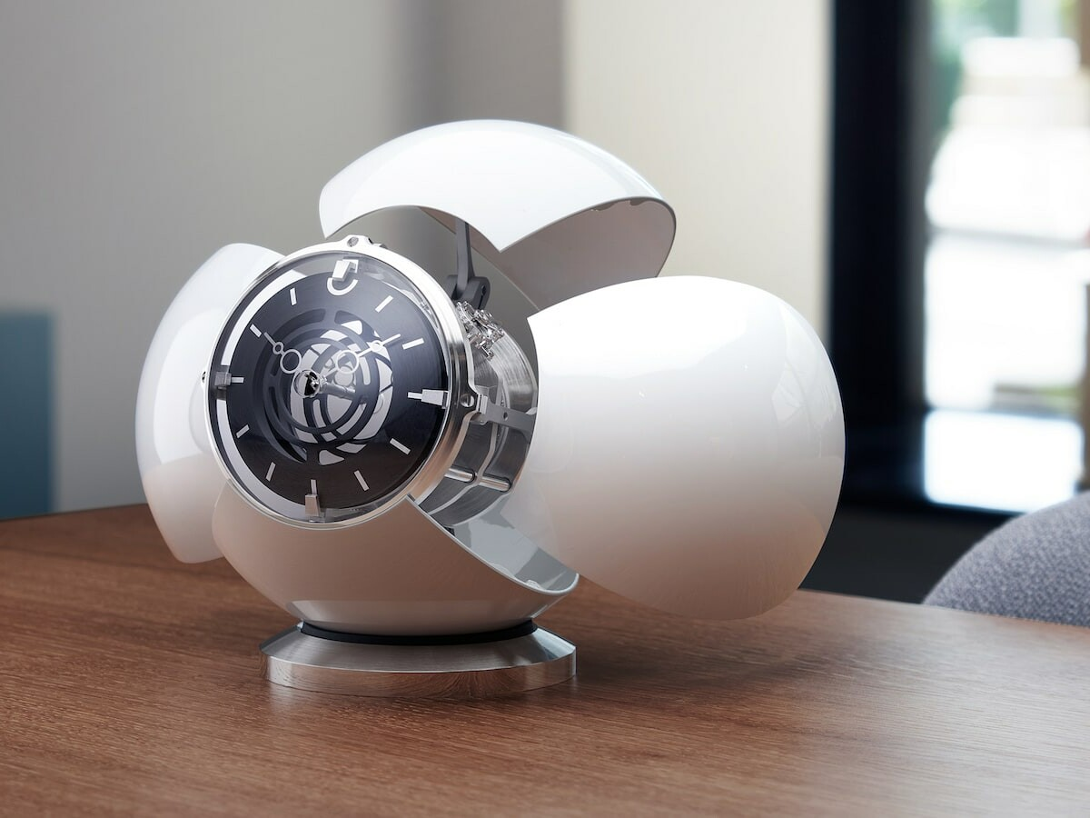 MB&F x L'Epée 1839 Orb state-of-the-art clock opens up and swivels like a transformer