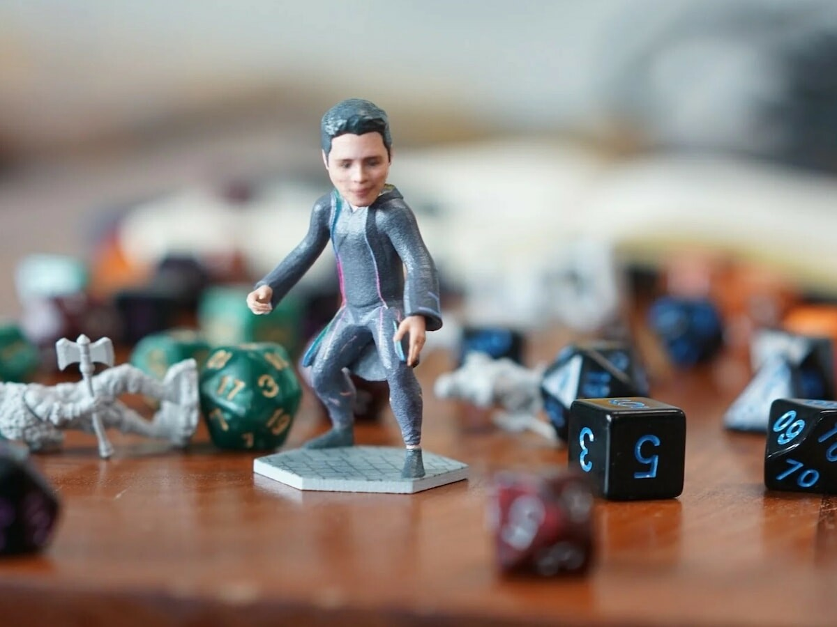 Minikin personalized 3D figurine is printed in full color using your face or a friend's