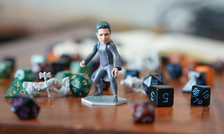Create a personalized 3D figurine of yourself or a friend with Minikin