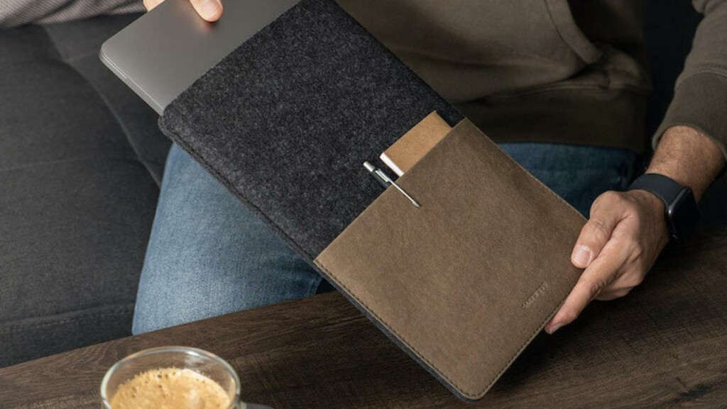 iPad accessory gadgets guide—keyboards, chargers, cases, sleeves, and more