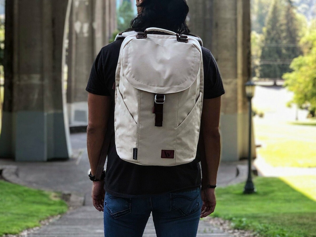 Ominira urban travel backpack is ethically made and has a capacity of up to 32.5 liters