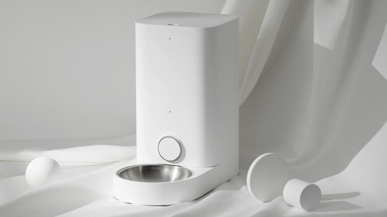 PETKIT Fresh Element Mini Pro pet feeder dispenses 5–50g of food for your furry friend