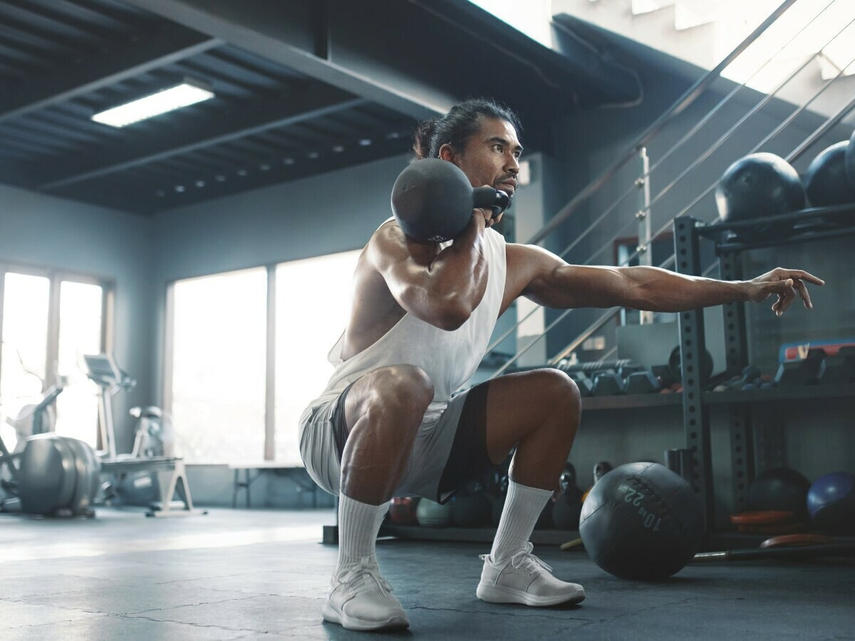 Royal Kettlebells steel cast weights are ideal for both beginners and elite athletes