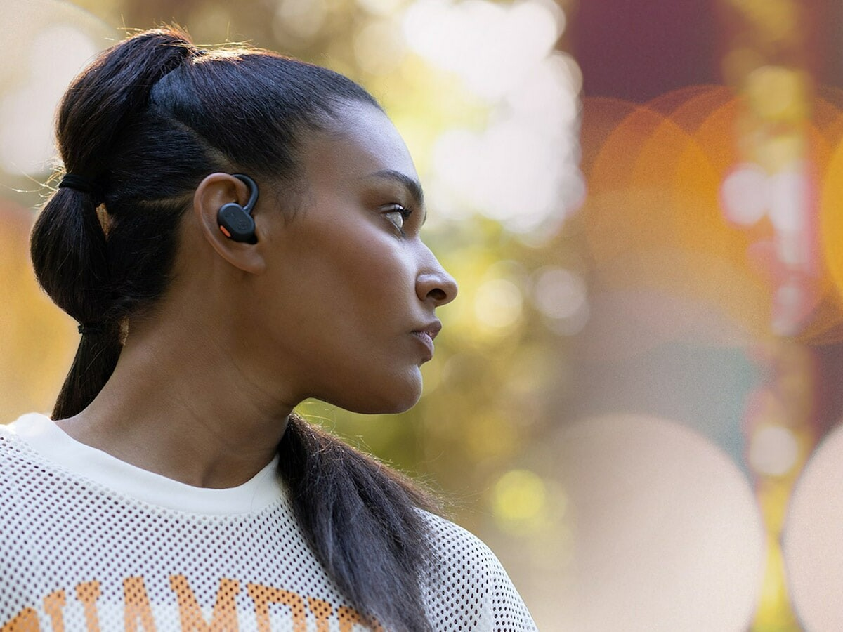 Skullcandy Push Active True Wireless Earbuds include smart features, such as sharing audio