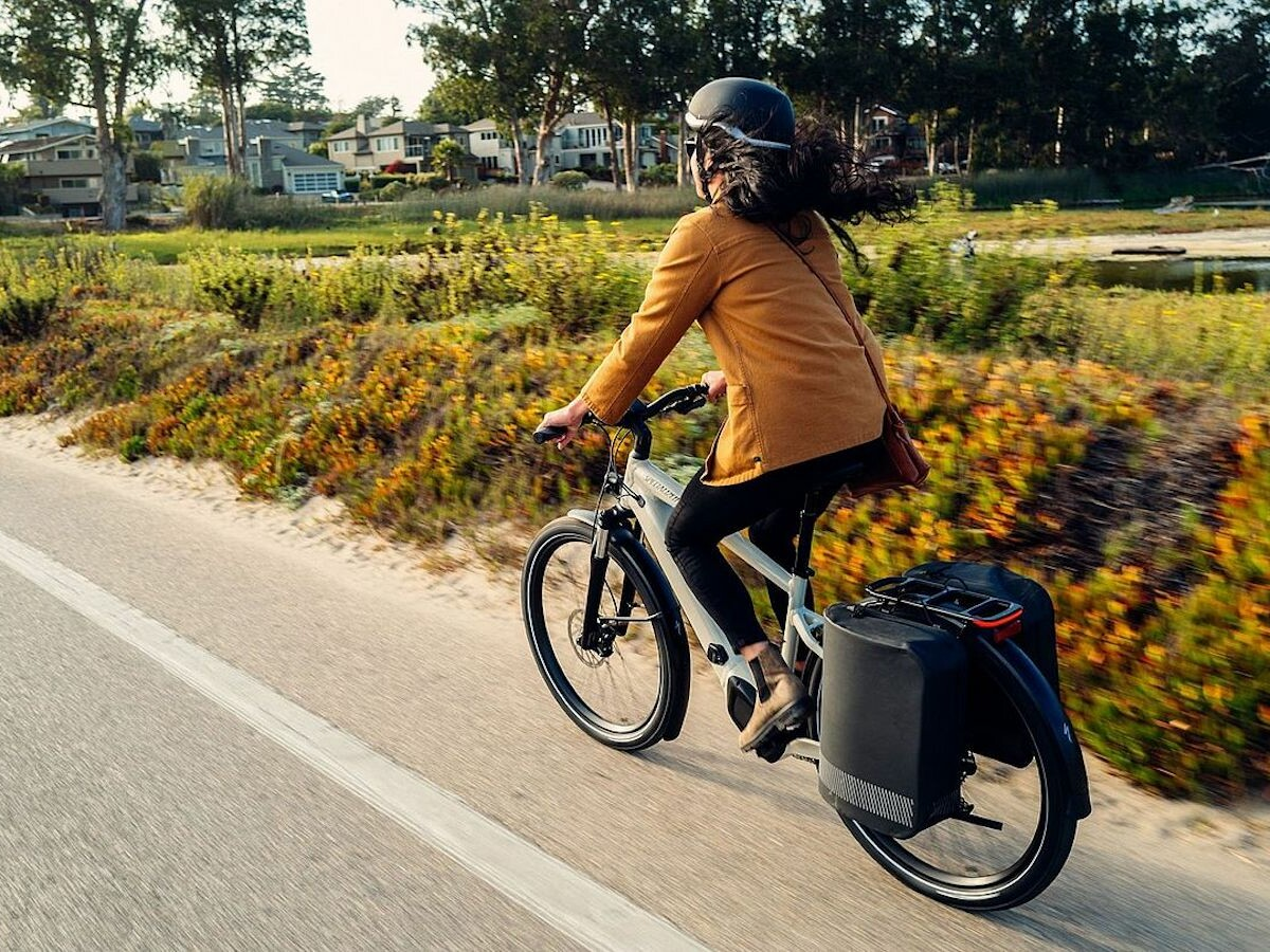 Specialized Turbo Vado 4.0 Step-Through commute eBike reaches 28 mph for daily rides