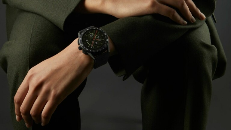 TAG Heuer Connected Bright Black Edition smartwatch features a 1.39-inch OLED display