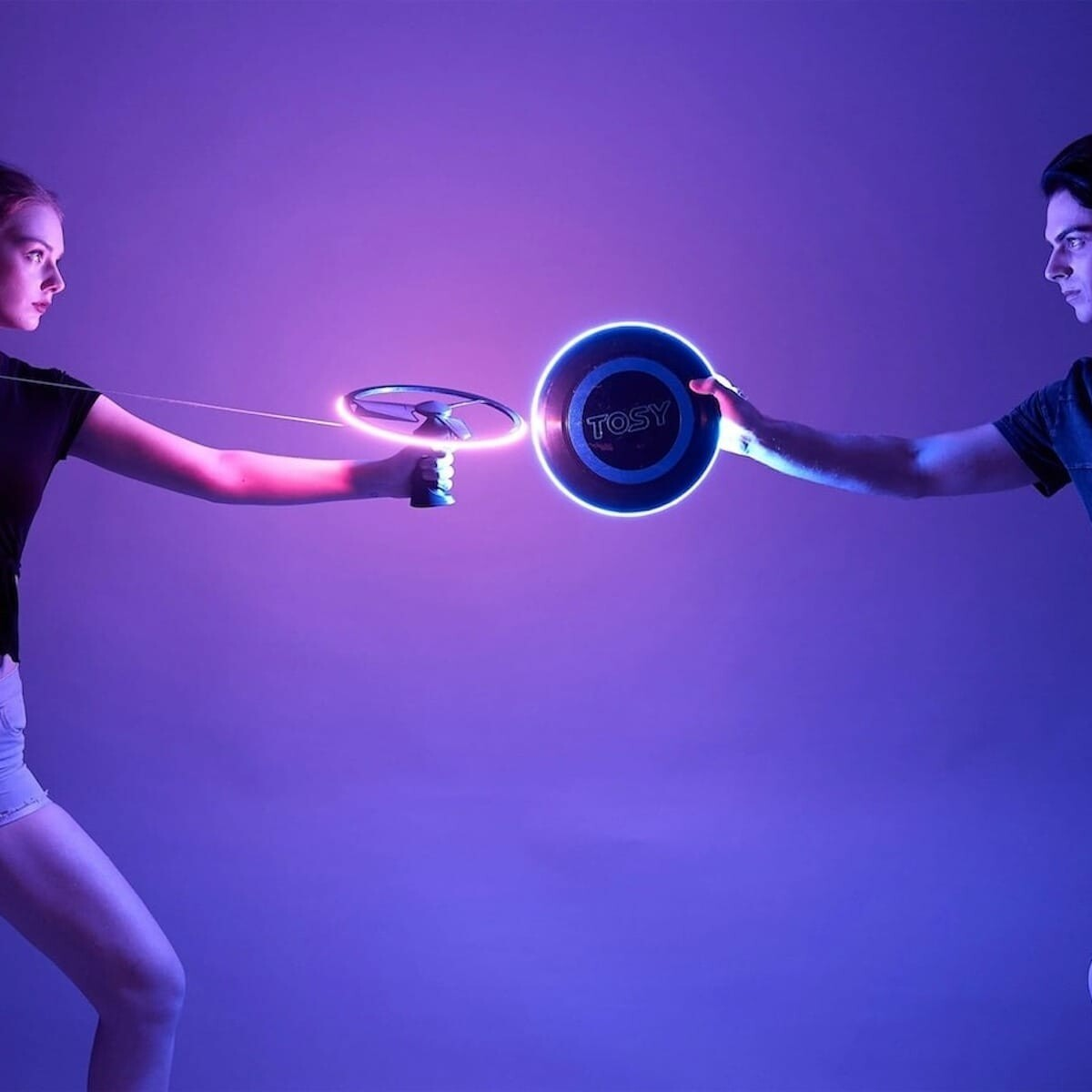 This flying disc and boomerang duo will change the way you play flying games with LEDs thumbnail