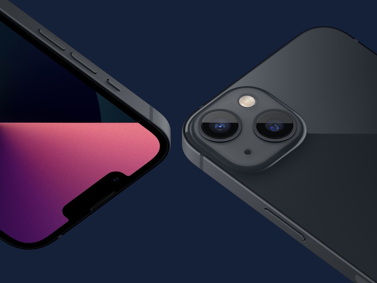 iPhone 13 and iPhone 13 mini have Cinematic Mode with diagonally placed dual-camera system