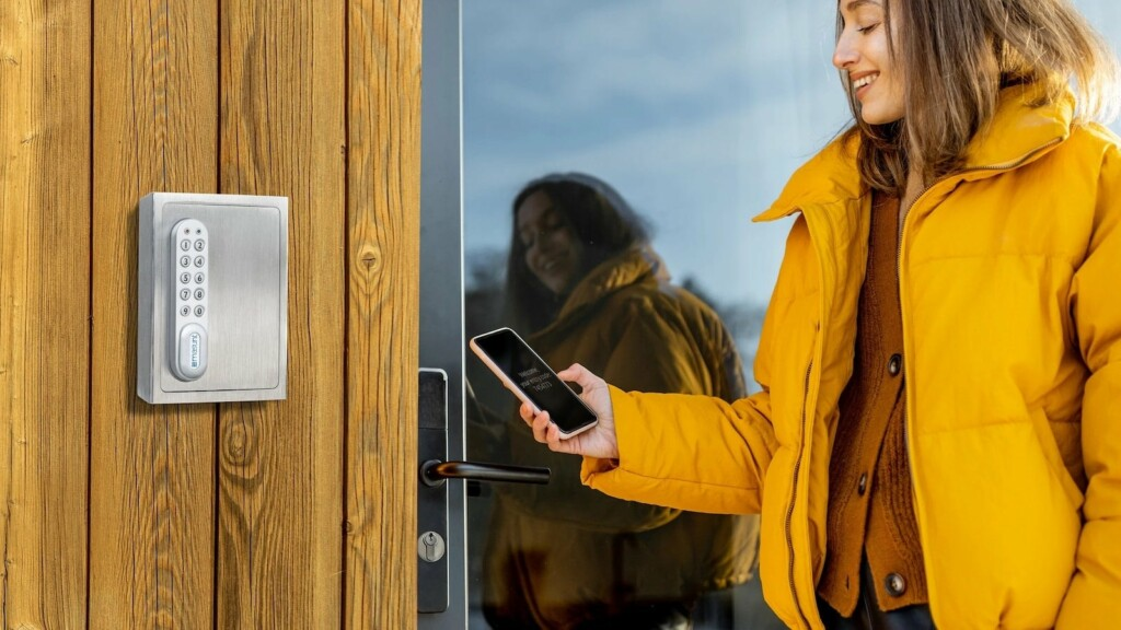 Secure your home with these smart gadgets: cameras, sensors, and more
