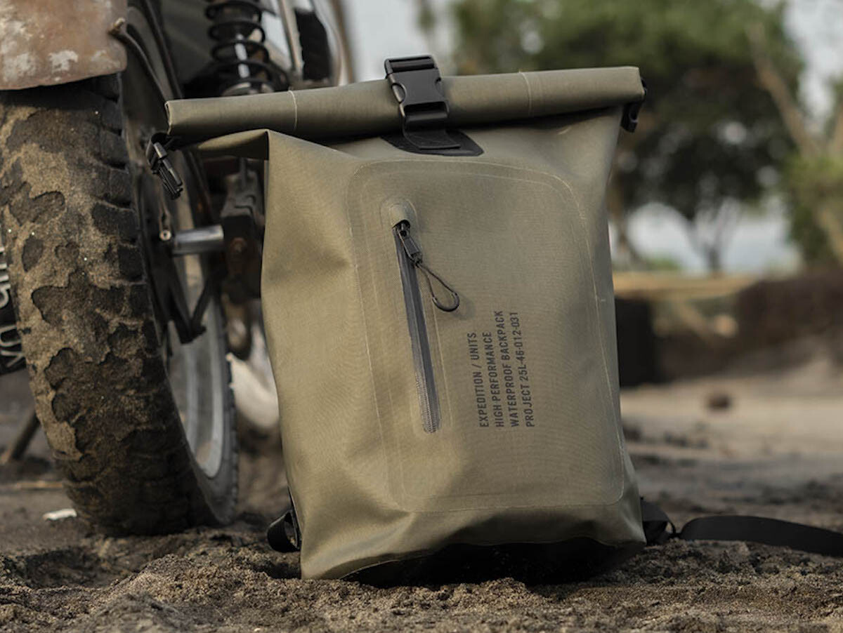 Expedition/Units Project 25L-46-012-031 Dry Backpack uses heavy-duty waterproof material