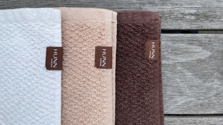 HUNN Denmark sustainable face towel is antibacterial and saves water and electricity