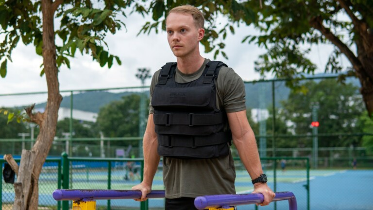 HydraTech water-weighted training vest easily adds up to 25 pounds to your workout