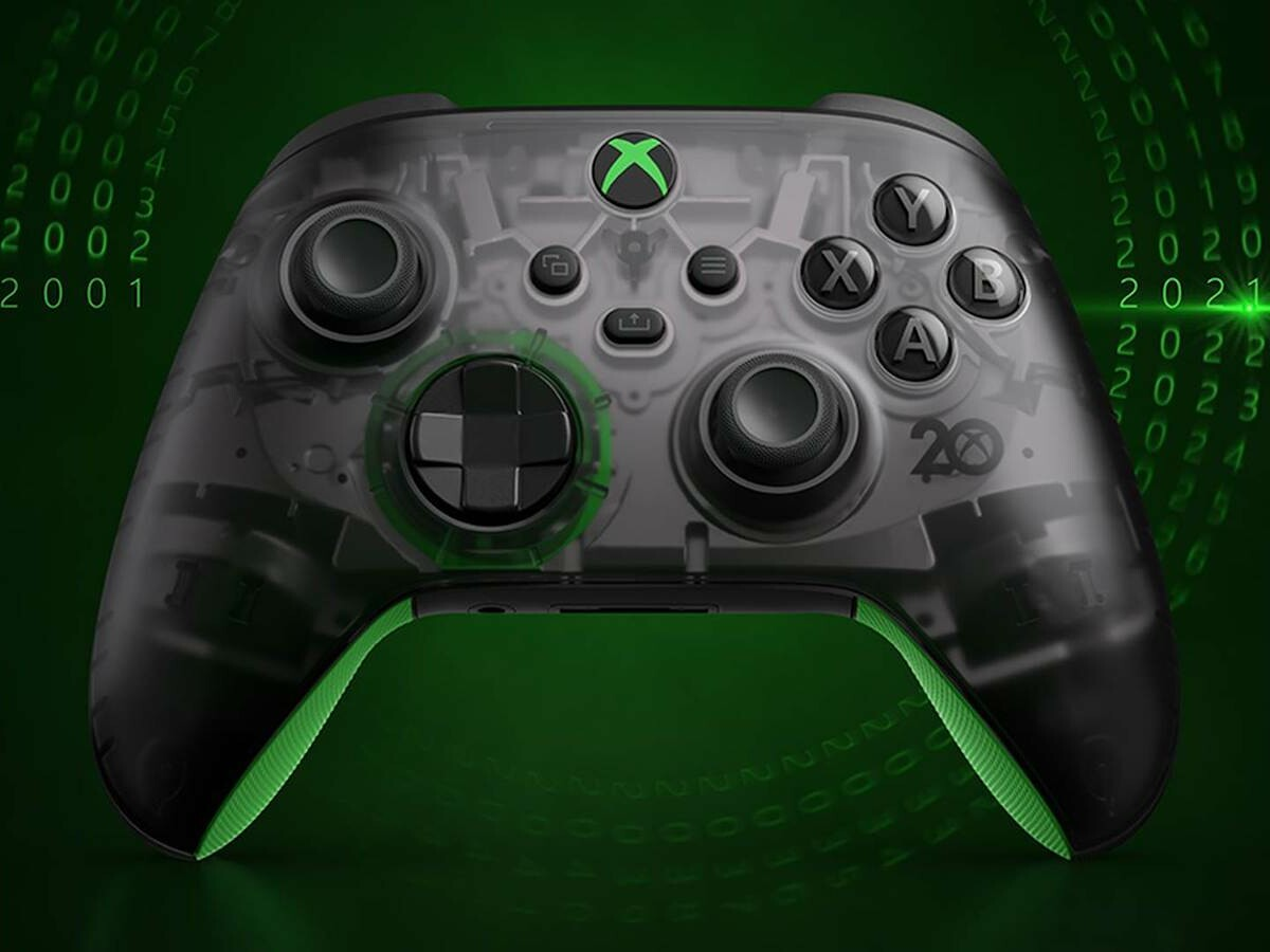 Microsoft Xbox Wireless Controller—20th Anniversary Special Edition has classic details