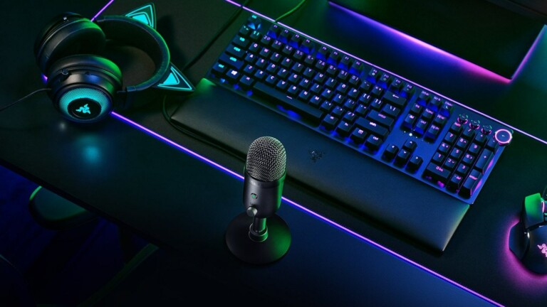 Razer Seiren V2 X USB microphone accurately captures your voice without background noise
