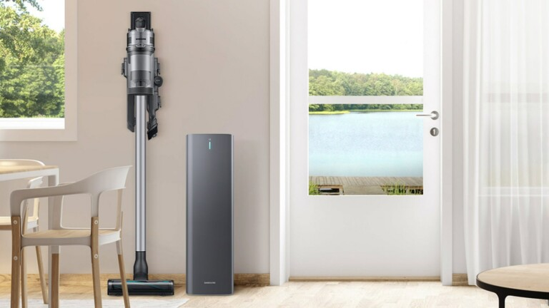 Samsung Hygienic Clean Station has an Anti-Dust Emitting structure for cleaner air